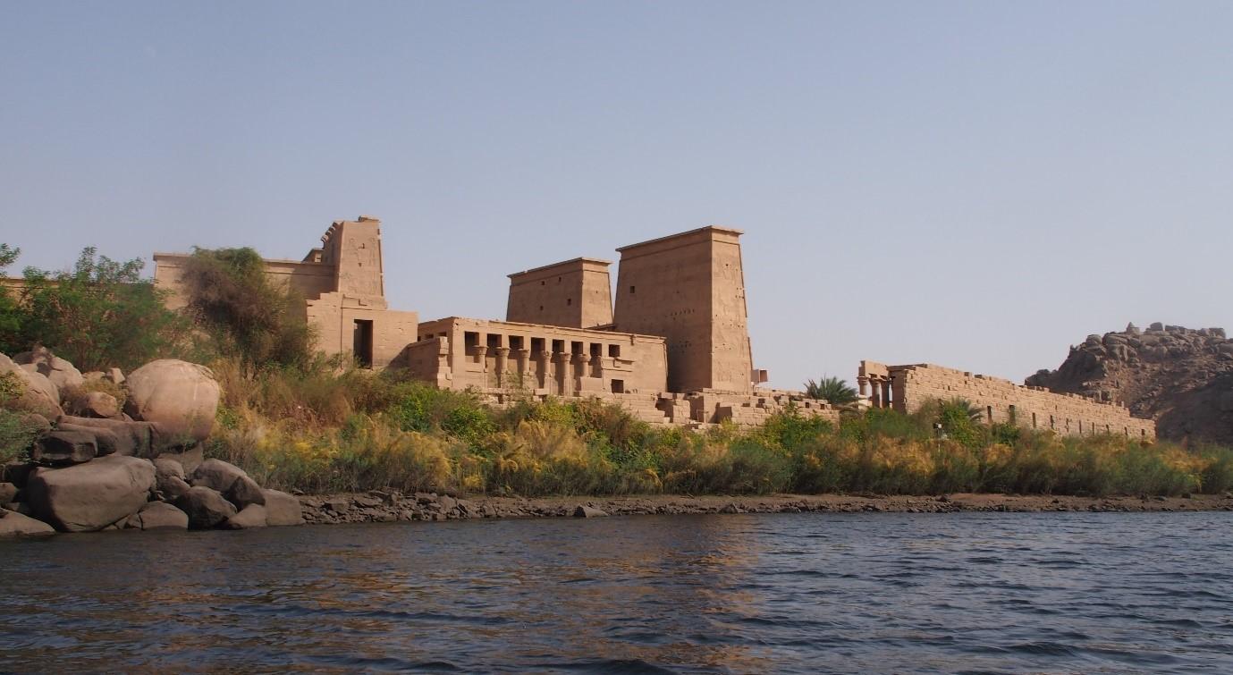 Isiksen temppeli Filaen saarella Assuanissa oli suorastaan autio turisteista