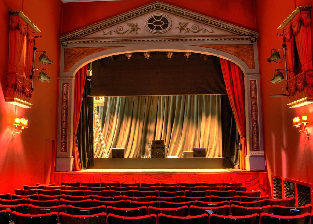 teatteri kuvituskuva