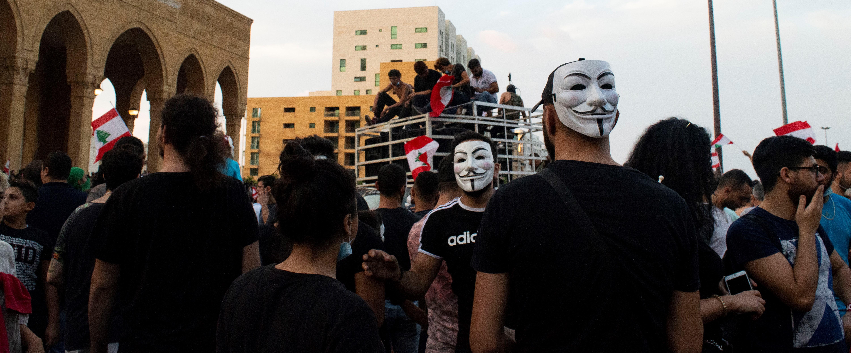 mielenosoittajia