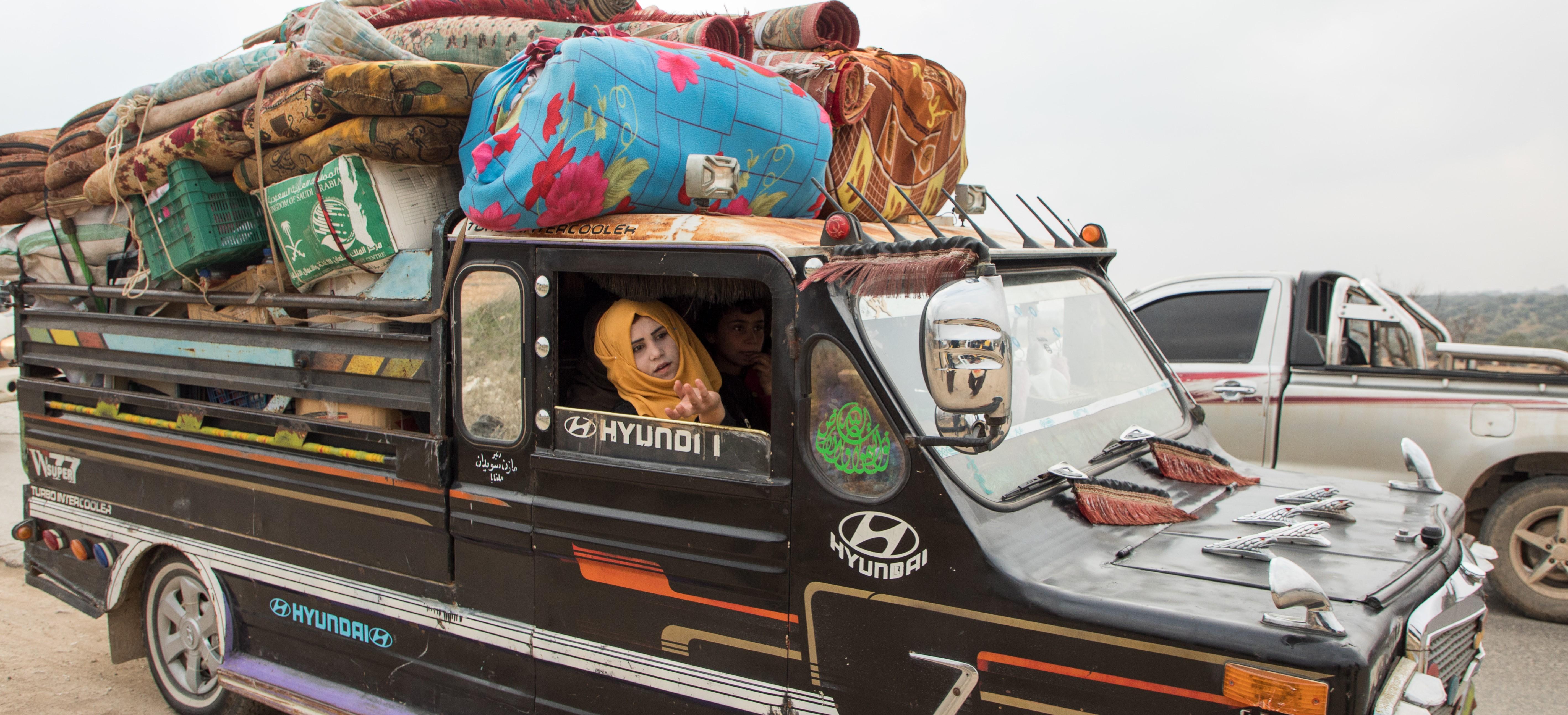 pakolaisia autossa