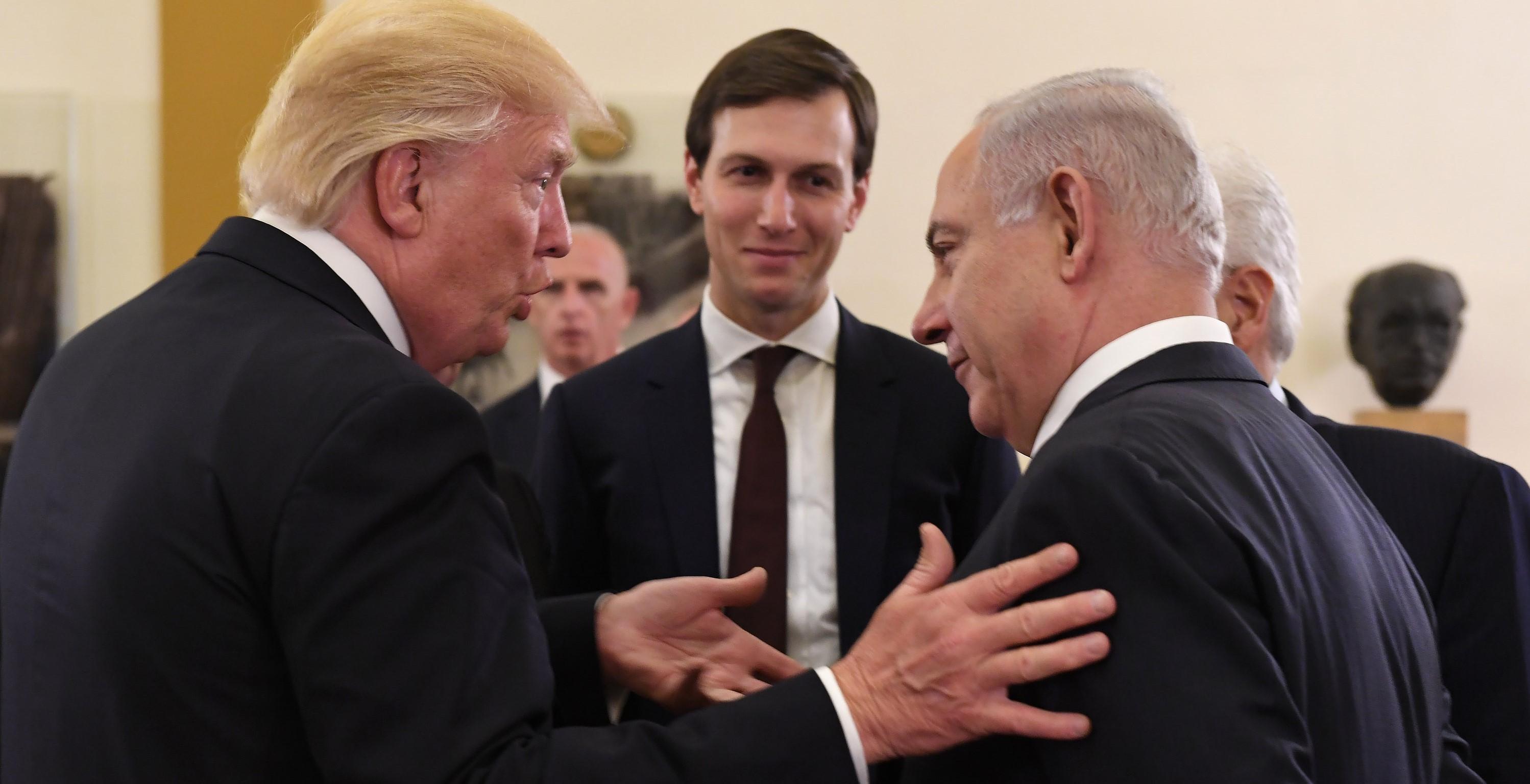 Trump ja Netanyahu tapaavat. Jared Kushner taustalla